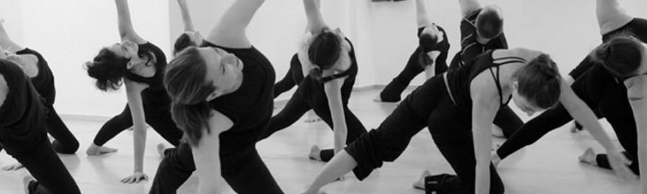 garuda yoga flow
