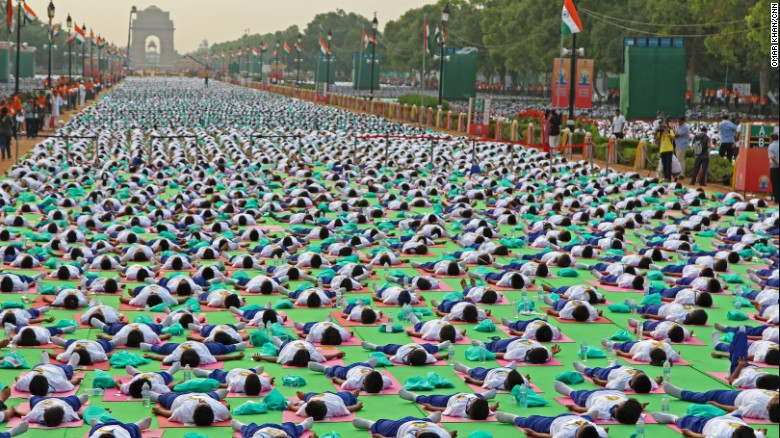 150621124209-05-modi-yoga-day-2106-exlarge-169